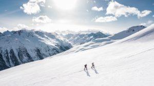 alpinisti-in-montagna-1